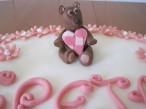 torta con margherite e orsetti